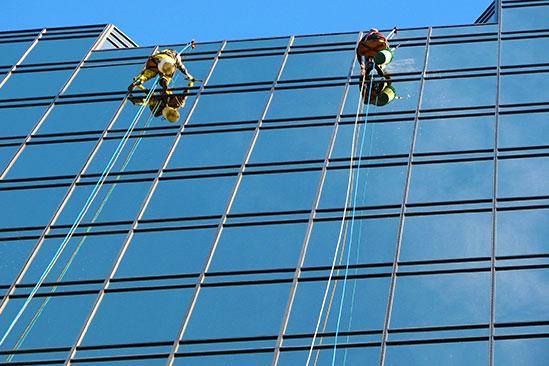 WINDOW & PRESSURE CLEANING